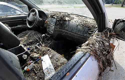 car  affected  flooding