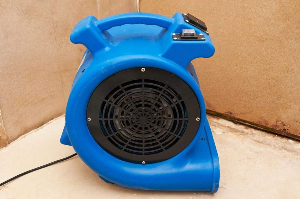 water damage fan in Broadway Manchester, CA